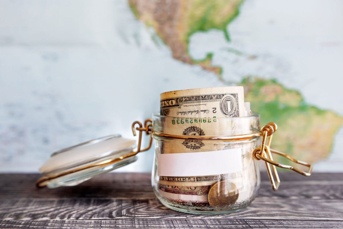 5 Efficient Ways To Save Up Money To Travel